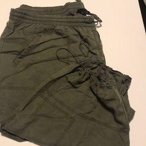 Lane Bryant/Capri/Cargo/Drawstring/Size 26/28